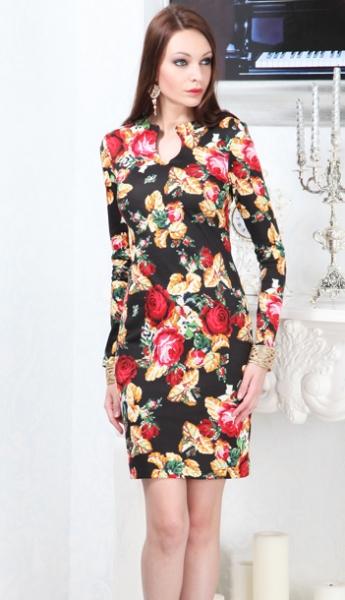 Черное платье с оранжевыми цветами