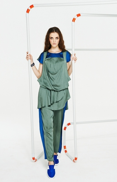 Женские брючные костюмы каталог
