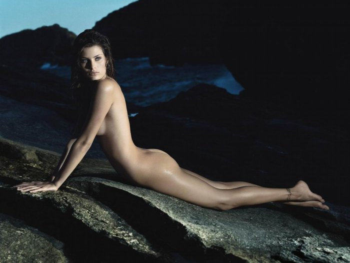 fotomodel-golaya-video